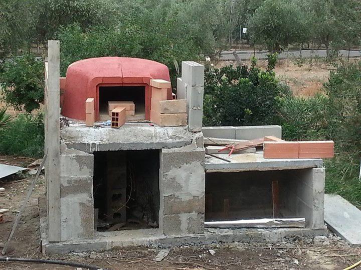 Stavba pece na pizzu a chlieb